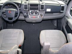 Carbest Fahrerhausteppich Basic Ford Transit ab 2004-2006