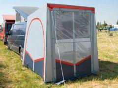 Tuffi - selbststehendes Heckzelt für kleine Reisemobile und Vans
